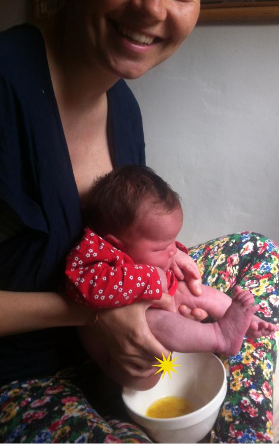 Potty training from birth?! Nappyfree newborn