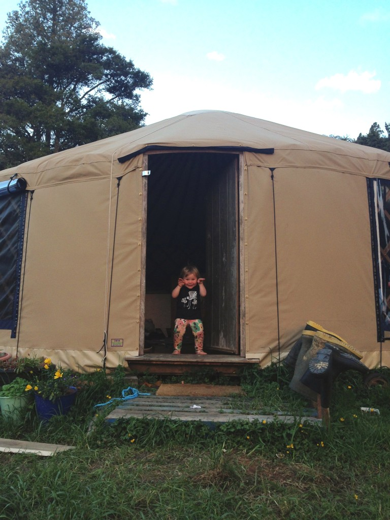 Family Living in a yurt - Lulastic